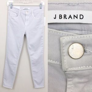🌷J Brand Women's Photo Ready Mid Rise Capri Jeans